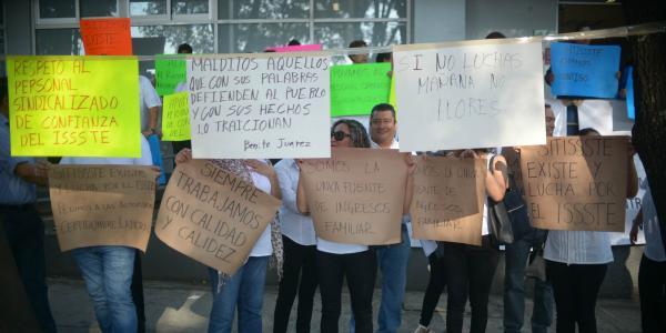 Cuestione | México | Falsa austeridad: gobierno de AMLO contrata más de lo que despide