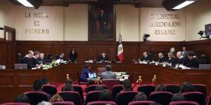 México | Ya van 27 mil solicitudes de amparo de funcionarios que no quieren que les bajen el sueldo