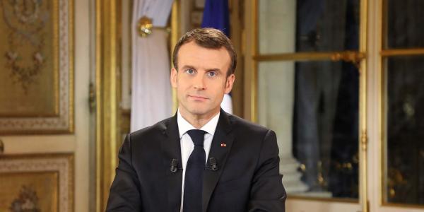 Cuestione | Global | Los chalecos amarillos doblan a Macron