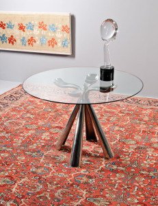 Vittorio Introini for Saporiti dining table and Loredana Rosin art glass sculpture on late 19th century antique Ferehan Sarouk carpet (Lot 160, Estimate $10,000-$12,000)
