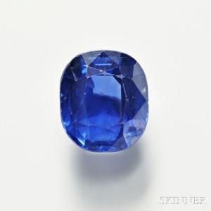 Unmounted Kashmir Sapphire, 5.32 cts.(Lot 490, Estimate $80,000-$120,000)