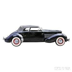 1937 Cord Phaeton 812 (Lot 11, Estimate $130,000-$140,000)
