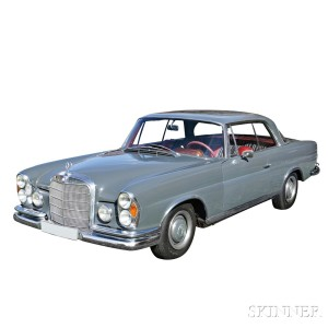 1965 Mercedes 250 Sport Coupe with Sunroof (Lot 9, Estimate $18,000-$20,000)