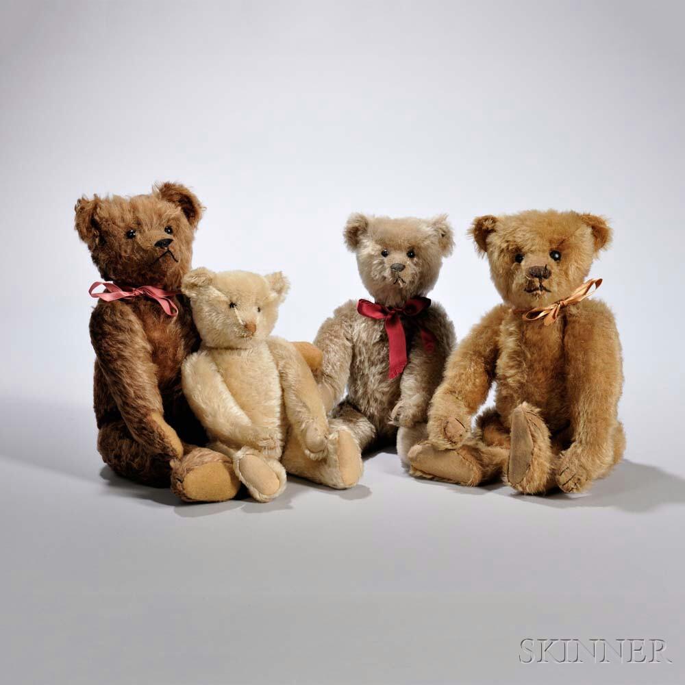 Three Steiff Limited Edition Annual Teddy Bear Convention Mohair Teddy Bears, 1988-1990 (Lot 156, Estimate: $400-600)