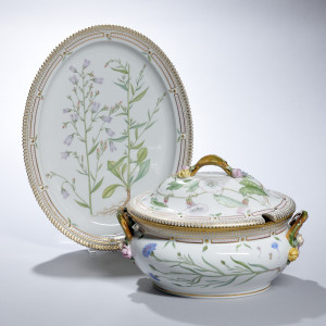 "Royal Copenhagen Porcelain ""Flora Danica"" Soup Tureen and Platter, Denmark, c. 1985-91 (Lot 795, Estimate: $$2,000-3,000)"
