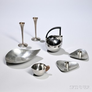 Group of Mid-century and Modern Stainless Steel Tableware Items (Lot 1048)