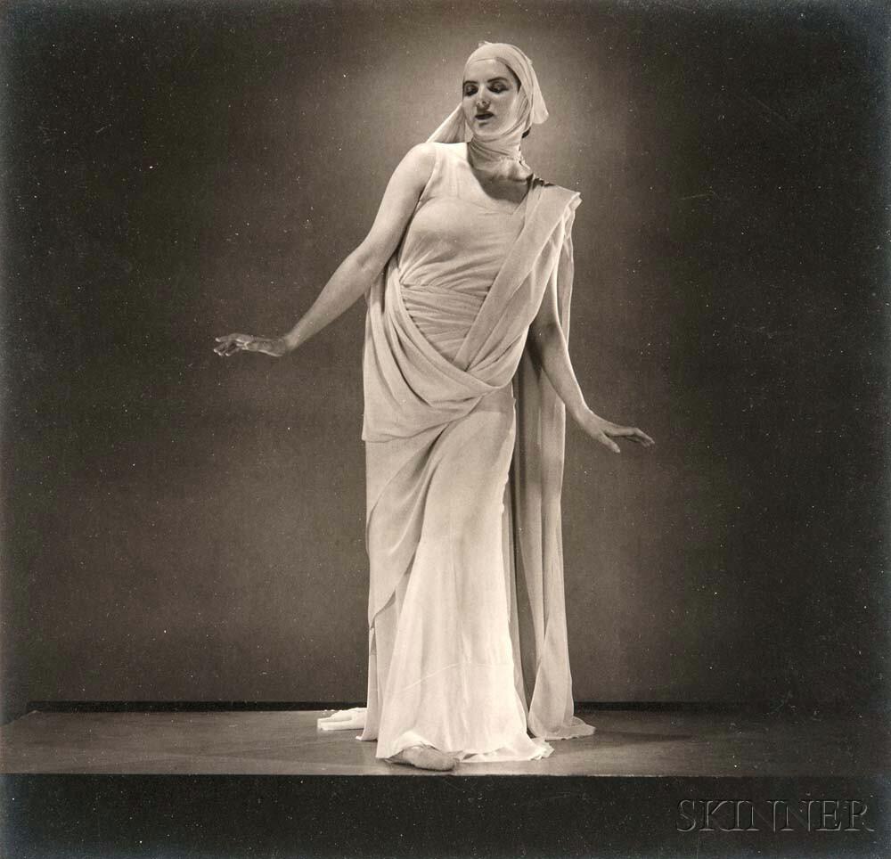 Edward Steichen (American, 1879-1973) Florence Meyer Homolka, c. 1936 (Lot 139, Estimate: $3,000-5,000)