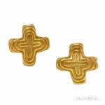 18kt Gold Earclips, Christopher Walling (Lot 1010, Estimate $700-900)