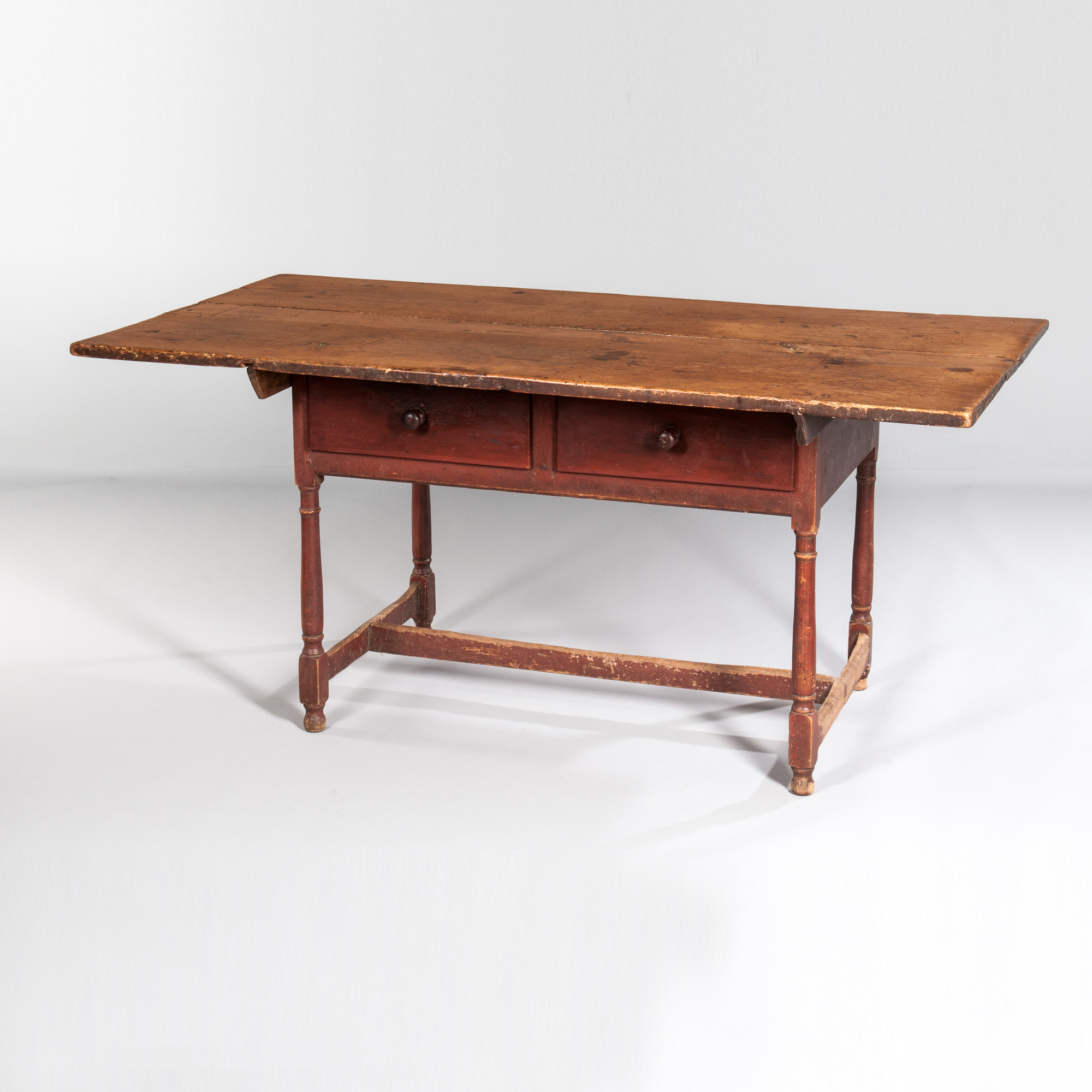 Large Tavern Table with Two Drawers, Massachusetts, New England, 18th century (Lot 308, Estimate: $1,000-1,500)