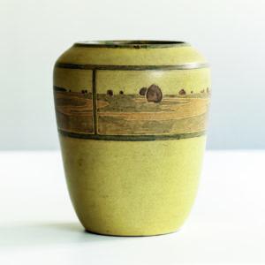 rare annie e aldrich and sarah tutt marblehead pottery vase