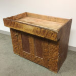 Putty-painted Pine Dry Sink (Lot 4, Estimate: $800-1,200)