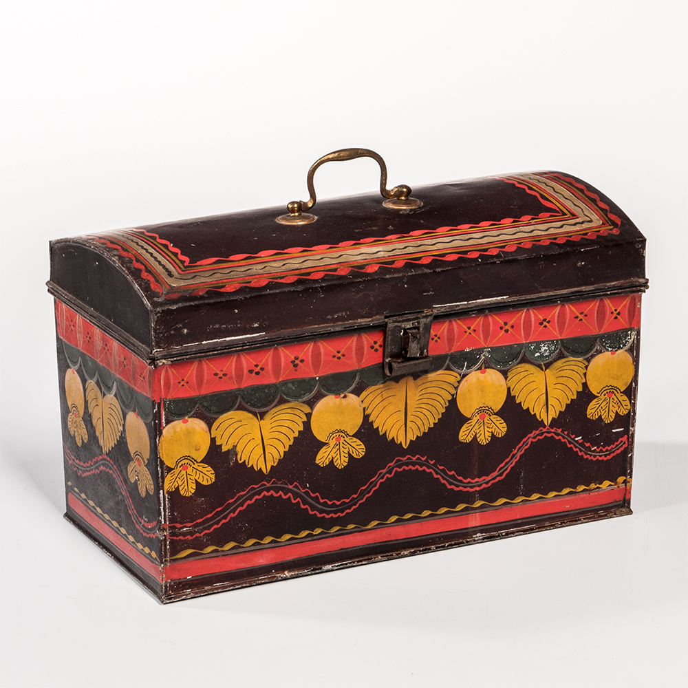 Large Painted Tin Document Box, America, mid-19th century (Estimate: $400-600)