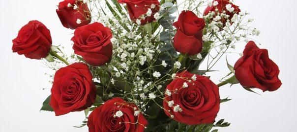 utah weddings flowers - red roses babys breath