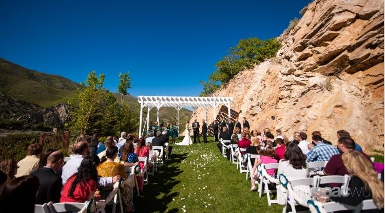 Utah Weddings Venue Louland Falls Ceremony