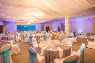 Utah-weddings-reception-venue-Loveland-Living-Planet-Aquarium