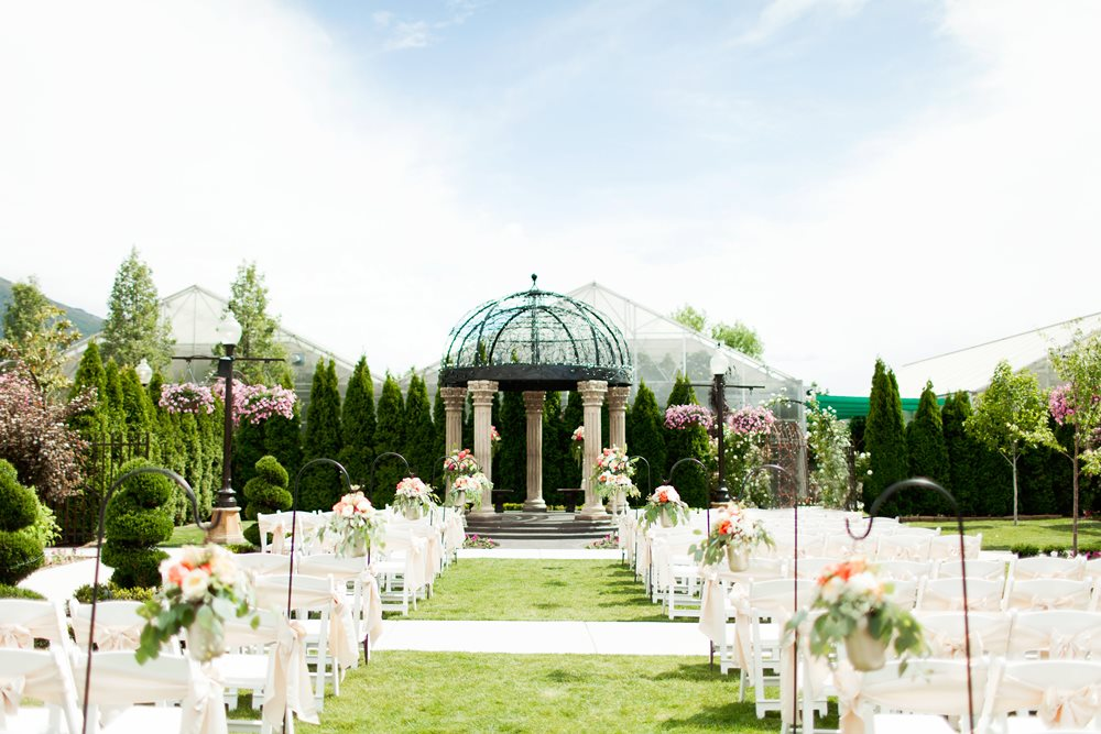 Utah wedding venue le jardin salt lake bride le jardin at the rose shop is utahs premiere setting for weddings receptions and rehearsal dinners le jardins exquisite gardens enchanting water junglespirit Images