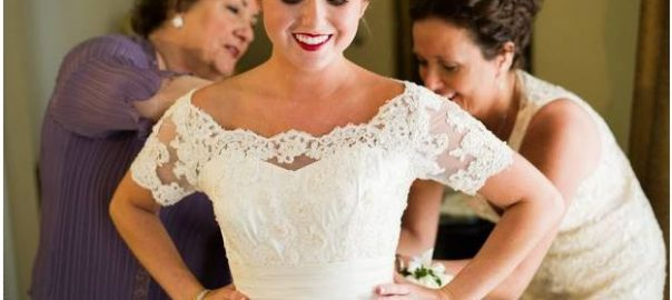 Bride, Mother and Grandmother all wear the same Wedding Dress | Salt ...
