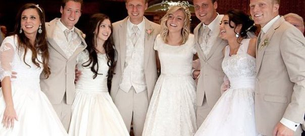 4-Utah-Siblings-Have-Same-Day-Wedding
