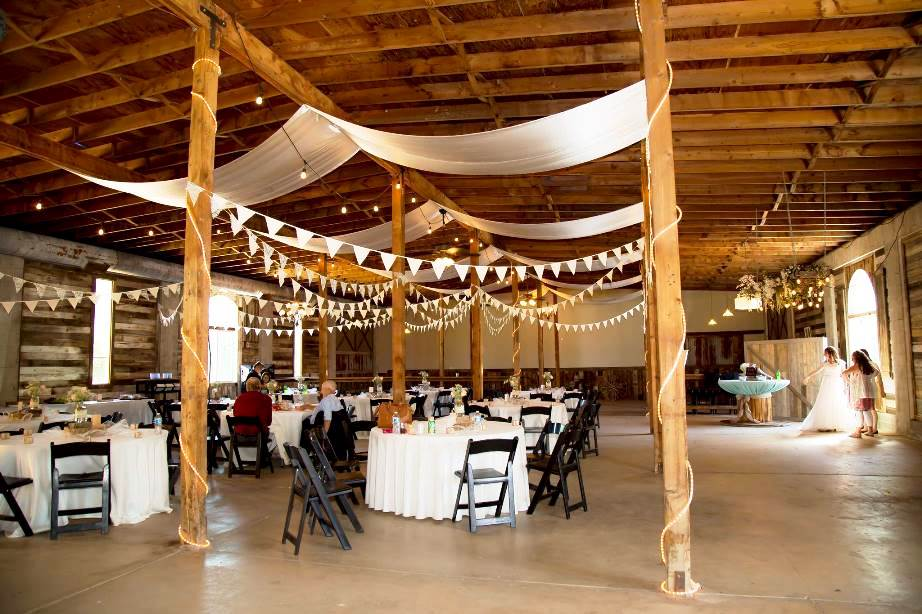 Utah Wedding Venue The Gala Hideaway Reception Set