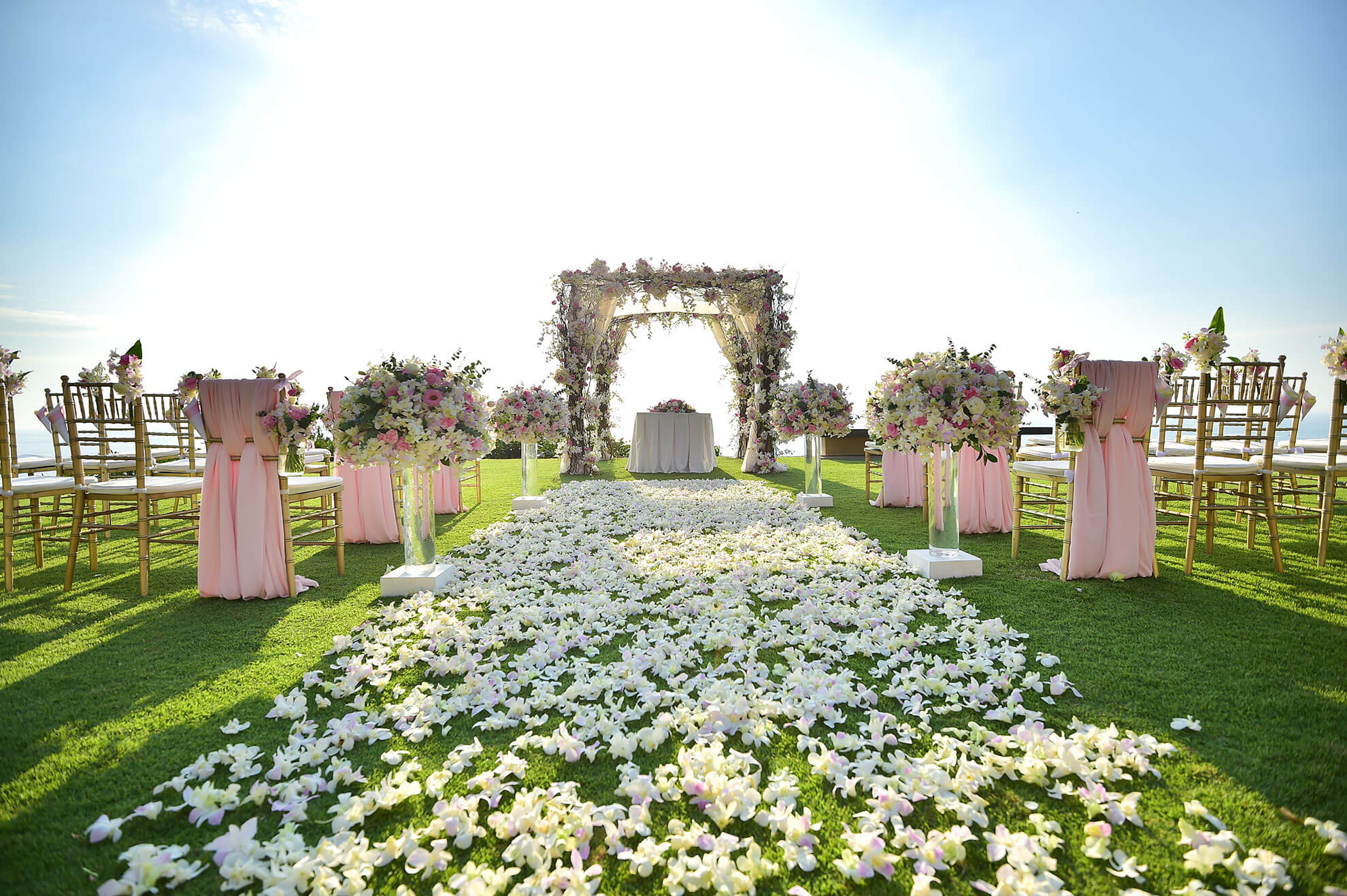 Wedding venues in utah salt lake bride blog lets take a look at what goes into choosing the right wedding venue for you and some of our local suggestions junglespirit Gallery