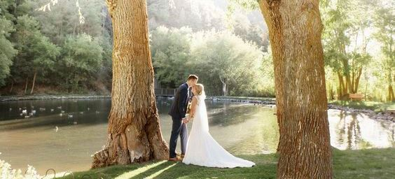 Salt-Lake-City-Utah-Wedding-Venue-Log-Haven