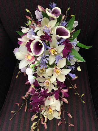 Eggplant-Sage-and-Champagne-wedding-flowers