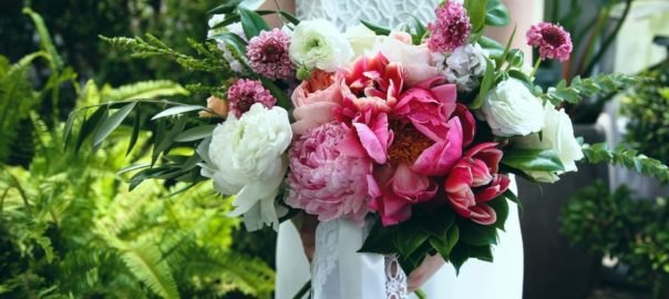 Flora-at-Cactus-Tropicals-Bride-with-Bouquet