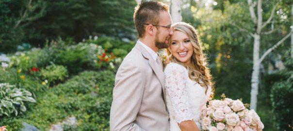 Utah-wedding-Venue-Heritage-Gardens-bride-and-groom