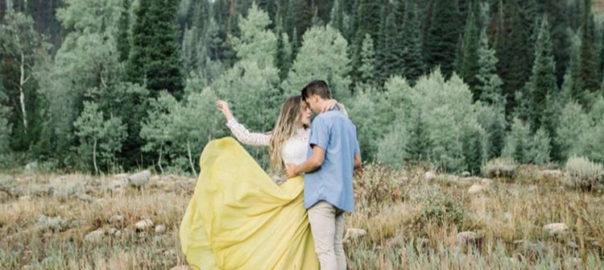 Utah Wedding Engagement Photo mountains