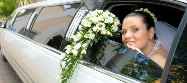 Utah-Wedding-Limousine-Black-Diamond-Limousine-bride-with-bouquet