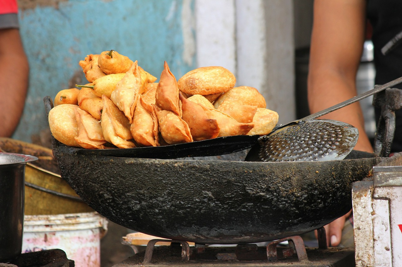 The Samosa Vendor (Must Read if you are a budding entrepreneur!)