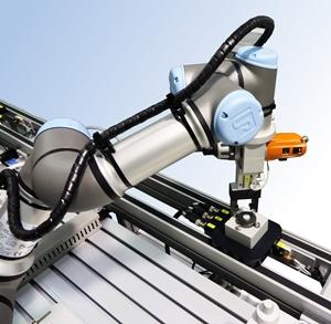 Robot colaborativo UR-3 en FMS