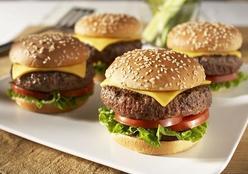 Hambúrguer caseiro com blend perfeito ❤