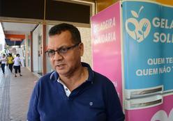 'Geladeira Solidária' na região central de Rondonópolis ajuda pessoas carentes