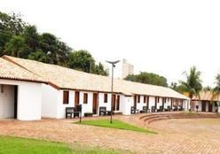 Casario recebe plantio de mudas e instalação de lixeiras nesta quarta