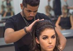 Jovem cabelereiro fala da trajetória profissional