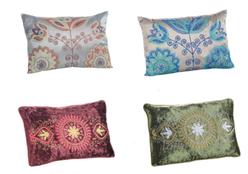 Veja sete dicas para usar almofadas na decoração