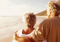 Geriatra dá cinco dicas para cuidar dos idosos no verão