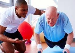 O que é melhor: treinar antes ou depois do café da manhã? Especialistas dão as dicas