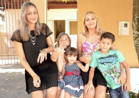 Família entrevistada na matéria. Foto: Marco Aurélio/ GazetaMT