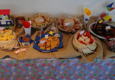 Confira 10 dicas de como decorar sua casa para as festas for Utensilios para servir comida