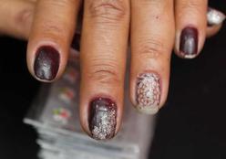 Decoração de unhas continua em alta entre as mulheres
