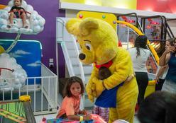 """""""É parte da cura"""", diz supervisora da AACC sobre evento de Dia das Crianças"""