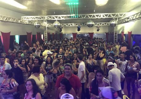 Baile do Hawaii supera expectativas em Guiratinga