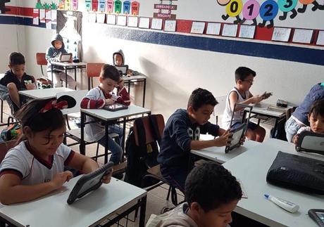 Tecnologias e 'cultura maker' auxiliam no processo de aprendizagem infanto-juvenil