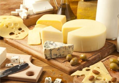 Mestre brasileiro com título na França mostra curiosidades sobre queijos