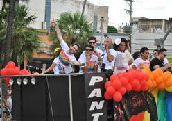 17ª Edição da Parada de Diversidade Sexual acontece neste sábado (16)