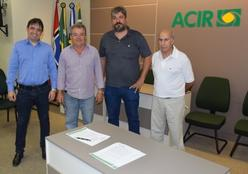 Convênio entre Acir e Sicoob irá promover vantagens ao associado no financiamento da implantação do sistema de energia solar