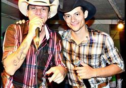 Dupla Éder e Cícero Viola de Rondonópolis celebra 15 anos de carreira em live no Youtube