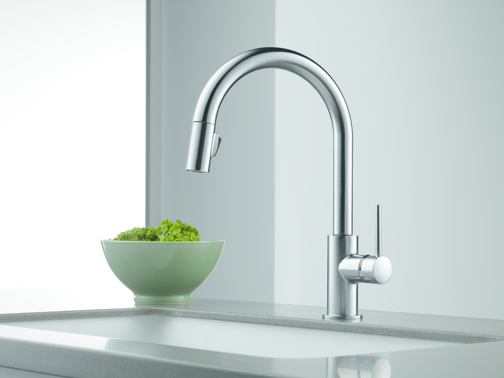 Trinsic Touchless Kitchen Faucet For Residential Pros
